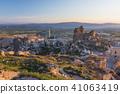 從土耳其卡帕多細亞Uchisar堡壘的早晨風景 41063419