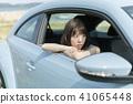 一個年輕成年女性 女生 女孩 41065448