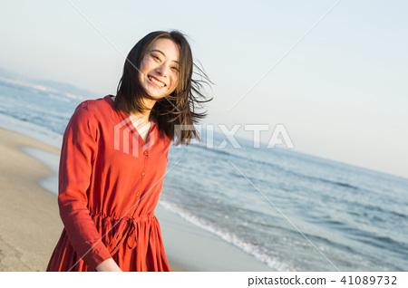 女性海岸 41089732