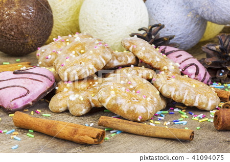 Gingerbread cookies on wooden table 41094075