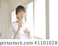 여성, 여자, 페트병 41101028