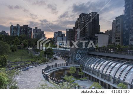 捷運大安森林公園站 41101489