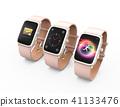 粉红色智能手表显示不同的屏幕 41133476