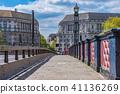 Lambeth bridge in Westminster 41136269