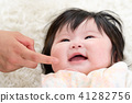 아기와 엄마, 우유, 젖병, 밥, 식사, 미소, 충만 41282756