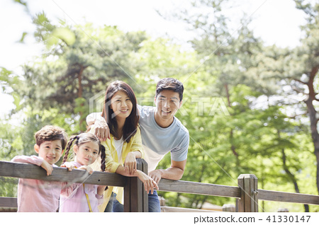 家庭 家人 家族 41330147