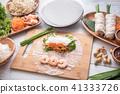 cooking vietnamese summer roll 41333726