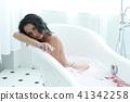Woman in bathtub 41342258