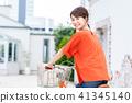 젊은 여성 (자전거) 41345140