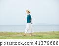 여성 중년 산책 41379688