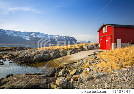 Beautiful scenery of west coastline in Norway 41407347