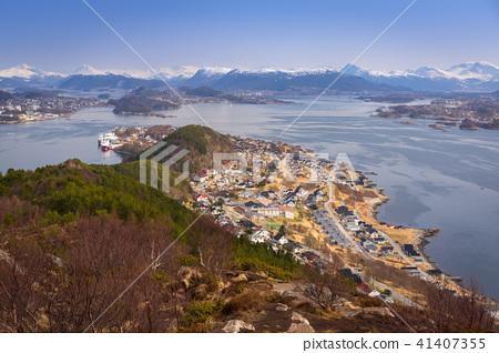 Beautiful scenery of west Norway coastline  41407355