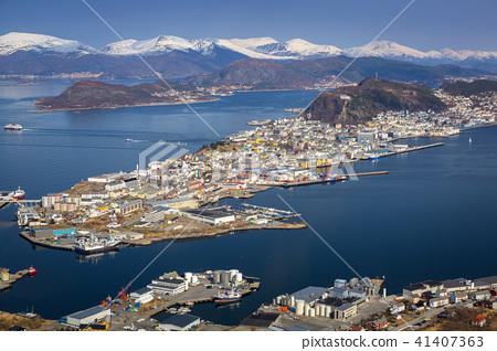 Beautiful scenery of west Norway coastline  41407363