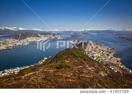 Beautiful scenery of west Norway coastline  41407369