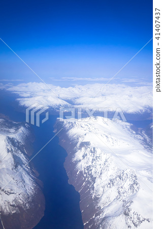 Aerial view of snowy Norway from the plane 41407437