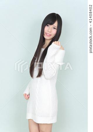 年輕女士的髮型 41408402