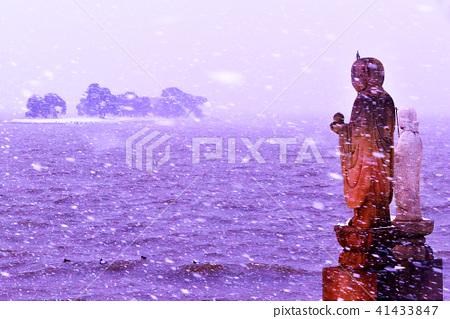 湖Shinji湖優質照片,雪場面在冬天 41433847