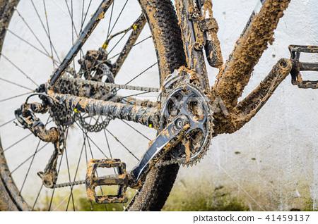 Mountain Bike Transmission in Mud 41459137