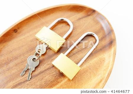 자물쇠와 열쇠 41464677