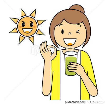 스무디를 마시는 여성 OK 포즈 야채 과일 태양 녹즙 믹스 베지터블 녹색 41511882