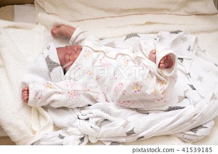 아기, 갓난 아기, 갓난아이 41539185