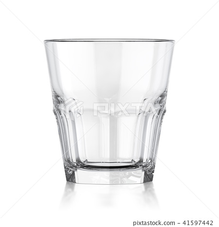 Whiskey glass 41597442