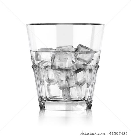 Whiskey glass 41597483