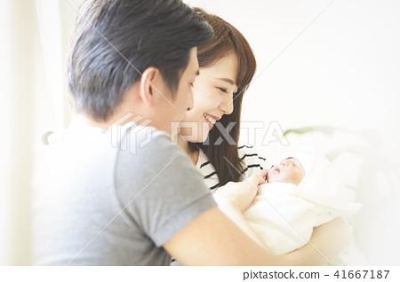 嬰兒撫養孩子 41667187
