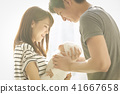 婴儿抚养孩子 41667658