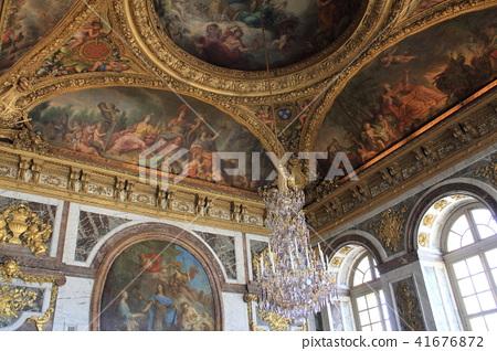 巴黎:凡爾賽宮的天花板畫 41676872