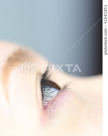 Lashes eyelash image that maintains eyelash extensions 41681851