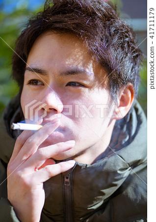 남자 일본인 흡연자 41711179