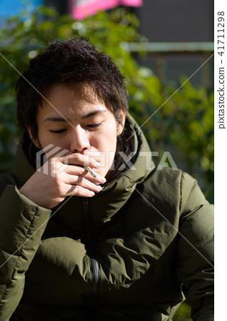 남자 일본인 흡연자 41711298