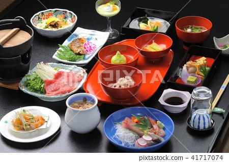溫泉小屋的日式餐 41717074