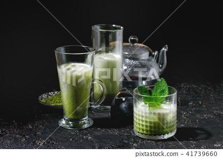 Matcha iced latte 41739660