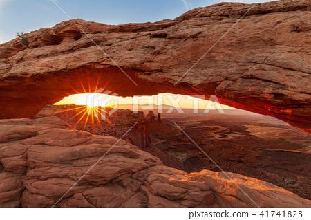 Mesa Arch Sunrise 41741823