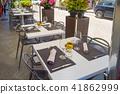 Terrace table of a Monreale restaurant 41862999