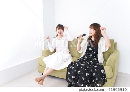 노래방 여자 41906910