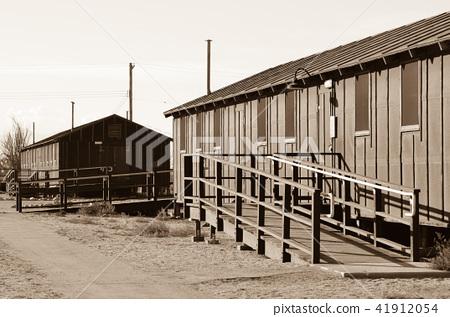 曼薩納爾集中營 41912054