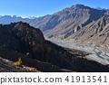 인도 히말라야 산악 지대 스삐티 계곡의 단카루 마을 절벽 위에 세워진 집과 사원 아름다운 산과 강 41913541