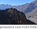인도 히말라야 산악 지대 스삐티 계곡의 단카루 마을 절벽 위에 세워진 집과 사원 아름다운 산과 강 41913568