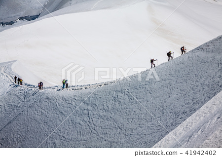 Mont Blanc, Chamonix, French Alps. France.  41942402