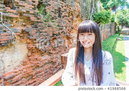 亞洲台灣台南安平古堡旅遊旅客觀光人像女人女子攝影模特兒率性可愛 41988566