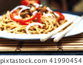 Chinese noodle with meat 41990454