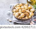 Roasted baby potatoes 42002711