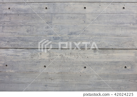 나뭇결이 들어간 콘크리트 벽 나가사키 현 청사의 벽 42024225