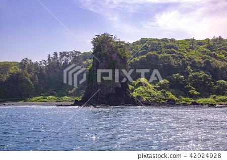 noto kongo, noto peninsula park, strangely shaped rocks 42024928