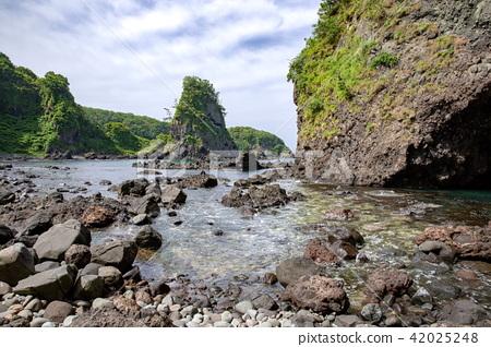 noto kongo, noto peninsula park, strangely shaped rocks 42025248