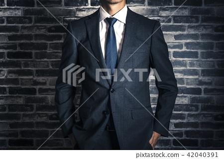 사업가 스튜디오 초상화 벽돌 배경 42040391