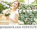 女性新娘形象 42043576